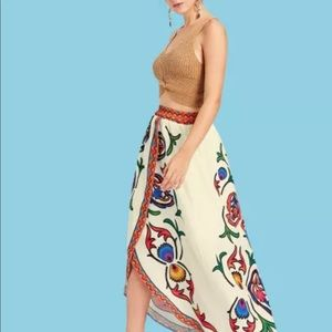 Graphic print split skirt